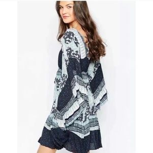 Free People Dresses - Free People Heart Of Gold Butterfly Sleeve Dress